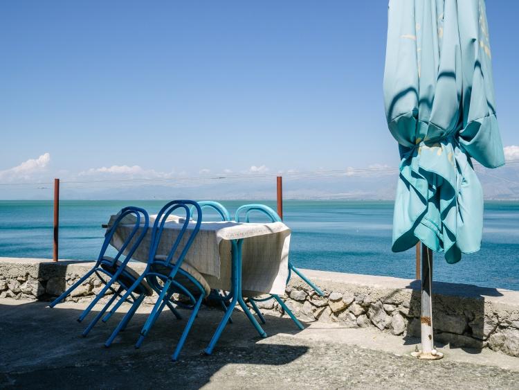 Shkodra, Albania - 2015 / C'è un solo colore che invade il paesaggio, ma le sfumature sono milioni. La semplicità è complessa.